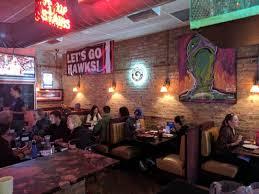 best thanksgiving dinner in chicago chicago u0027s best deep dish pizza pequod u0027s pizza chicago location