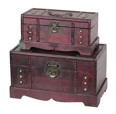 amazon com vintiquewise tm antique old wooden trunk treasure
