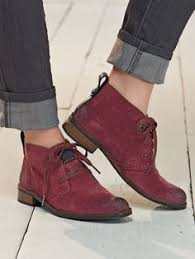 womens desert boots target overstock these lace up steve madden p desmin chukka boots