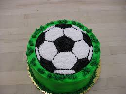 How To Become A Cake Decorator From Home by Best 20 Soccer Ball Cake Ideas On Pinterest Soccer Cake Soccer