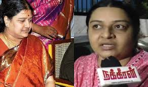 Seeking In Trichy Aiadmk Cadres In Trichy Form Rebel Faction Seeking Replacement Of
