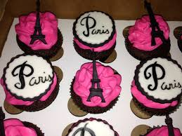 Eiffel Tower Decoration Ideas Eiffel Towers Cupcake Toppers And On Pinterest Paris Cupcakes With