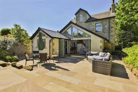 6 bedroom detached house for sale in downham road chatburn bb7