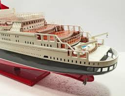 wooden ship model queen elizabeth 2 100cm id130 buy your ship