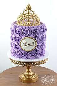 Best 25 Tiara Cake Ideas On Pinterest Crown Cake Baby Shower