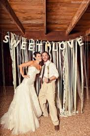 diy wedding backdrop names diy photo booth background on fence by shawn wall backdrop