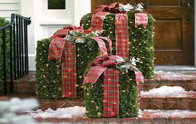 outdoor christmas decorating ideas outdoor front porch christmas
