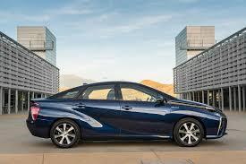 lexus van papier 2016 toyota mirai first drive motor trend