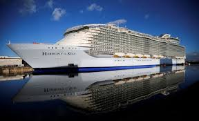 largest cruise ship in the world top 10 biggest cruise ships in the world royal caribbean