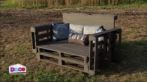 comment fabriquer un canapé en bois de palette fabriquer un banc en bois avec dossier mzaol com