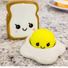 smiling egg and toast shaker set ceramic salt and pepper shakers