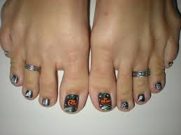 haunting halloween toes october 2010 nail art design by u2026 flickr