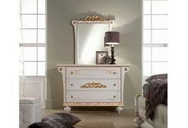 schlafzimmer in weiãÿ schlafzimmer weiß gold rheumri