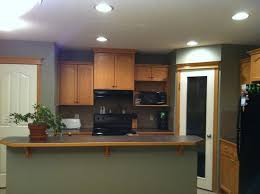 best flooring for honey oak kitchen cabinets stuck with honey oak throughout house what colour flooring