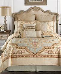 Master Bedroom Bedding by Bedroom Charn U003dming Bedding From Croscill Bedding For Your Bed