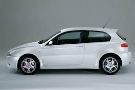 alfa romeo hatchback review alfa romeo 147 gta 2003 06