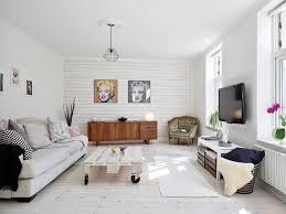 canapé style cagne chic lambris bois blanc inviter le style cagne chic à la maison