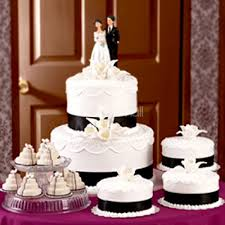 wedding cake murah 6 tips to choose the best wedding cake bayanmall