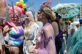 coney island u0027s mermaid parade has been saved curbed ny