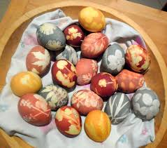 Decorating Eggs Celebrate Easter Naturally Dyeing Eggs With Plants And Spices