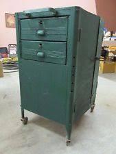 Stack On 16 Gun Double Door Cabinet Vintage Metal Cabinet Ebay