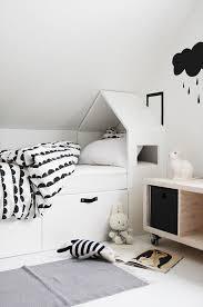 idee de deco pour chambre les objets déco en forme de maison envahissent les chambres d enfant