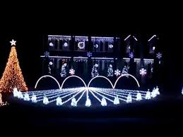 this auburn football themed christmas lights display is absolutely