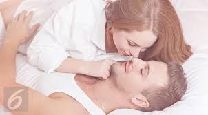 4 jenis pelumas yang bikin pertempuran di ranjang terasa lebih puas