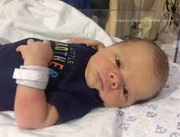jill duggar u0026 derick dillard share sweet new photos of baby samuel