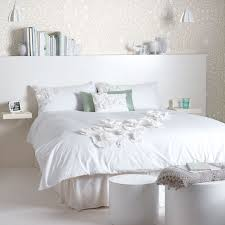 White Bedroom Simple Yet Lovely Ideas For A White Room