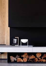 cheminee moderne design maison contemporaine design toit plat toute grise cheminee moderne