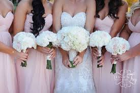 bridesmaid flowers wedding bouquets bridesmaids wedding corners