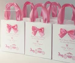 baby shower gift bags 42 best baby shower gifts and favors images on baby
