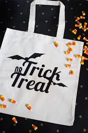 trick or treat bags diy trick or treat bags hearts