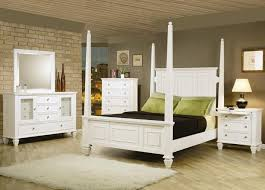 Laminate Bedroom Furniture by Decorations Beautiful White Bedroom Decorating Ideas With Mirror