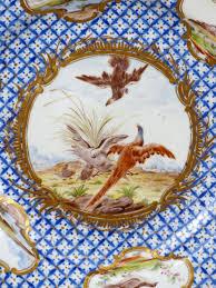 assiette de porcelaine assiette en porcelaine tendre de chantilly du xviiie siècle n 53031