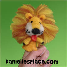 lion puppet puppet crafts kids can make
