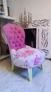 tissu pour fauteuil crapaud ancien fauteuil crapaud retapissé style rococo meubles et
