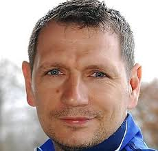 """The club`s chief executive Mark Pearman said: """"We are delighted that David Batch has agreed to become the new AFC Sudbury manager. - 1369140832_original"""