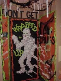 Scary Halloween Decor Ideas Scary Halloween Door Decorations