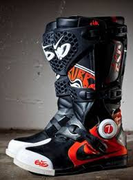 motocross bike boots fox instinct motocross boots black theme modern rugged products