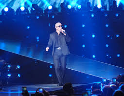 pitbull to open ilov305 restaurant on ocean drive miami new times