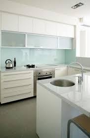 white kitchen glass backsplash 25 best backsplash for kitchen