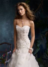 wedding dresses 2011 summer don t a clue why i m looking at wedding dresses but this is