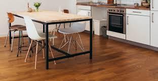 rev黎ement de sol cuisine revêtement de sol pour une cuisine lequel choisir