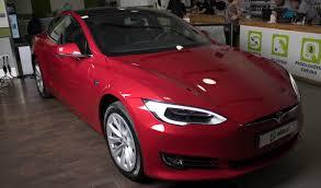 tesla model s tesla model s 75d červená elektromobil alza cz