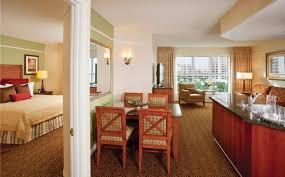 chambre las vegas incroyable suite de deux chambres las vegas cuisine complète