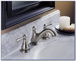 delta lewiston kitchen faucet delta lewiston kitchen faucet diferencial kitchen