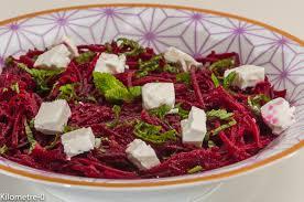 cuisiner betterave crue salade de betteraves crues à la fêta et à la menthe kilometre 0 fr