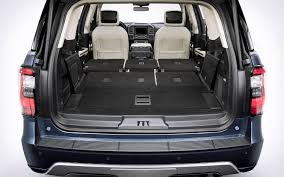 peugeot 5008 trunk comparison ford expedition platinum 2018 vs peugeot 5008 gt